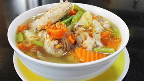 Cara membuat dimsum udang ayam (siewmai) bahan yang perlu disiapkan untuk mencoba cara membuat dimsum udang ayam atau siewmai cukup sedikit yaitu antara lain : Sayur Sop Ayam Bikin Lidah Ketagihan, Ini Resep dan Cara ...
