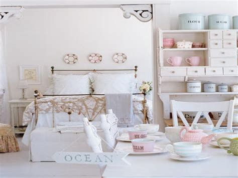 shabby chic apartment decor shabby chic beach bedroom www pixshark com images galleries with a bite
