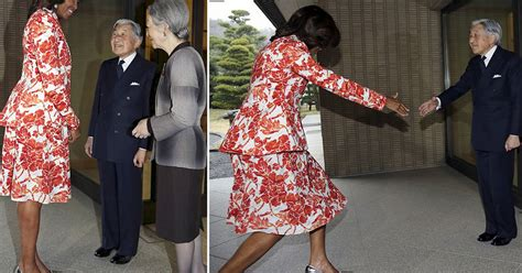 Awkward! Michelle Obama Towers Over Tiny Japanese Emperor