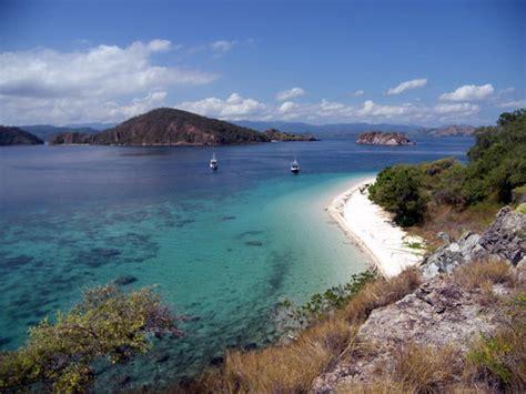 angel island resort labuan bajo flores indonesia inn