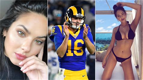 rams qb jared goff allegedly dating swimsuit model
