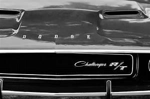 1970 Dodge Challenger Rt Convertible Grille Emblem ...