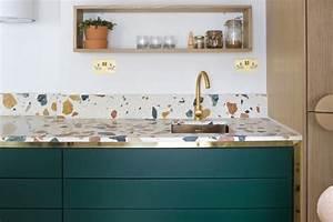 Paraschizzi: come proteggere la parete della cucina