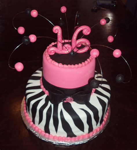 It is very easy to decorate name on this birthday. 16th birthday cake!   Cake ideas   Pinterest