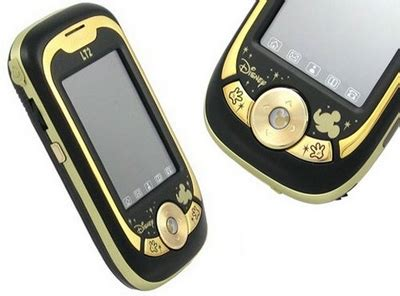 mickey mouse cell phone popgadget personal technology for mickey mouse