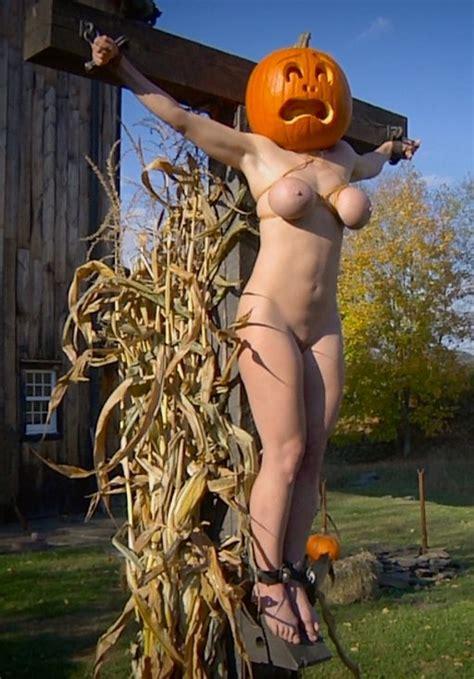 Bondage Scarecrow Titsnass