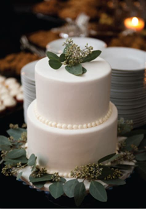 green eucalyptus wedding cake  wed