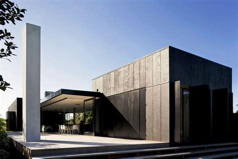 Minimalist Ultra Modern House Plans Exterior — Modern