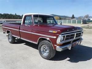 Classic 4x4 Ford Trucks