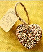 24 Cool And Inexpensive DIY Autumn Wedding Favors Weddingomania 25 Unique Easy And Awesome DIY Wedding Favors 10 Cool DIY Winter Wedding Favors Weddingomania Unique Diy Wedding Favor Ideas