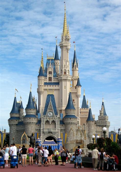 disney world    happiest place  earth