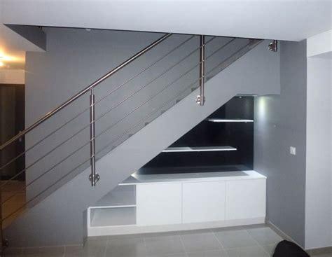 lit mezzanine bureau sous escalier pente