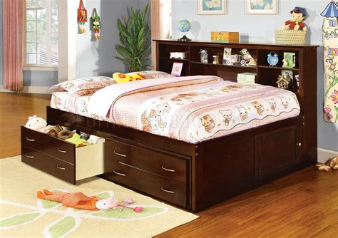 cm7922 hervey captain platform bed in cherry w drawers