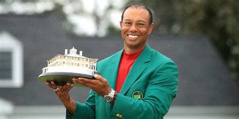 After 11 years, Tiger Woods wins first major title ...