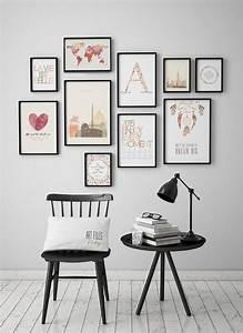 Wandgestaltung Wohnzimmer Erdtöne : schwarz wei es zimmer und bilderwand die farbe spendet home pinterest wei e zimmer ~ Markanthonyermac.com Haus und Dekorationen