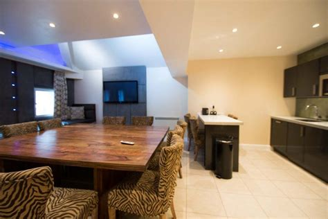 Signature Living Party Group Accommodation Liverpool