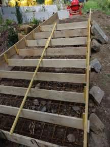 Coffrer Un Escalier Extérieur by Les 25 Meilleures Id 233 Es Concernant Coffrage Escalier Beton