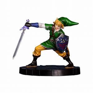 Link Figurine (The Legend of Zelda: Skyward Sword ...