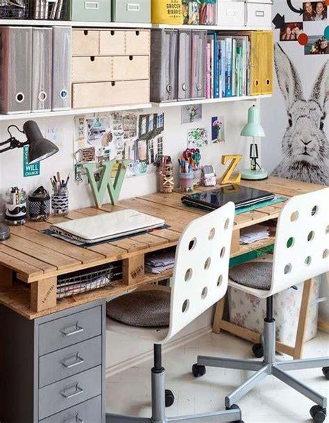 bureaux en bois la palette en bois dans tous ses états décoration