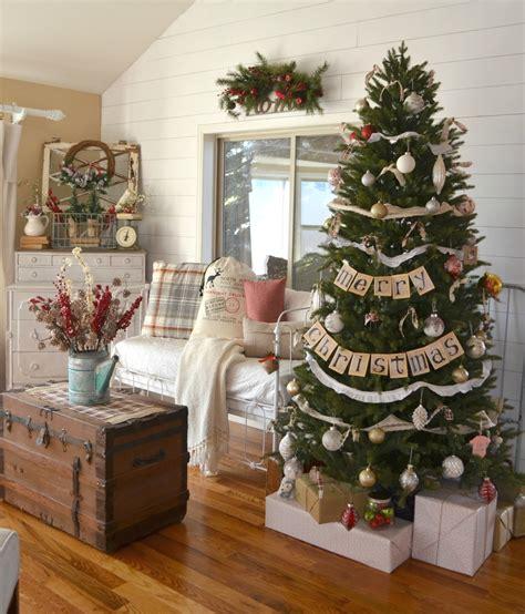 vintage farmhouse christmas tree  vintage nest