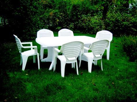 ensemble table et chaise de jardin pas cher ensemble table et chaise jardin pas cher l 39 univers du jardin