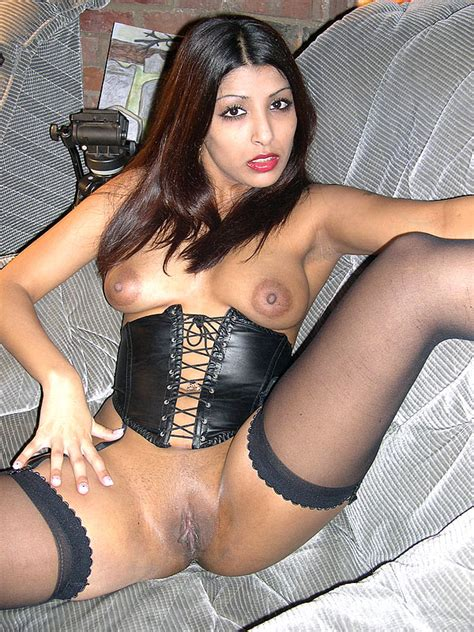 Pantyhose Xxx Indian British Slut Loves A Xxx Dessert Picture 5