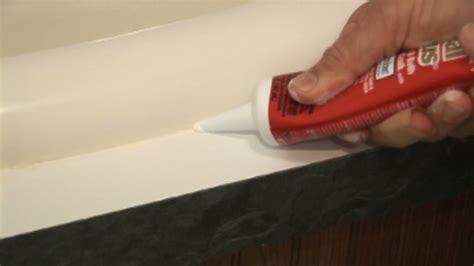 kitchen sink caulk seal how to caulk a sink countertop monkeysee 5675
