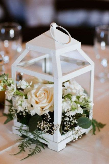 31 Chic Lantern Wedding Centerpieces Youll Like