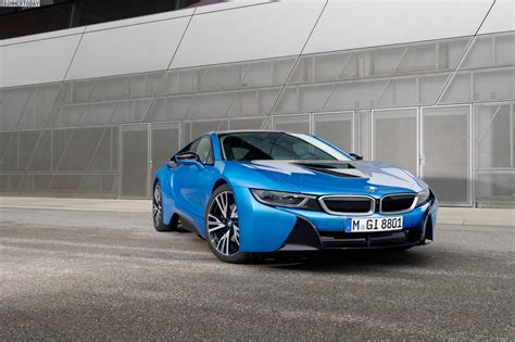 Bmw I8 In Protonic Blue