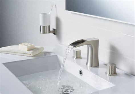 who makes the best kitchen faucets modern bathroom faucets changing your perspective of