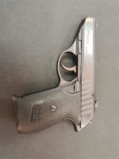 B5 pistole, SigSauer P232, kal.9x17, GMEU KOMI38 - Mazlietoti - Ieroči medniekam - karabīnes ...