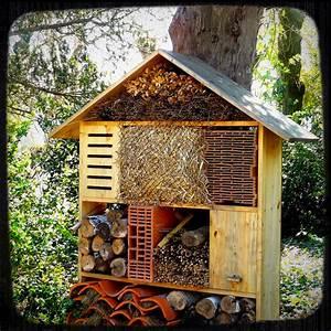 Abri à Insectes : fabriquer un h tel insectes dans son jardin insectes ~ Premium-room.com Idées de Décoration