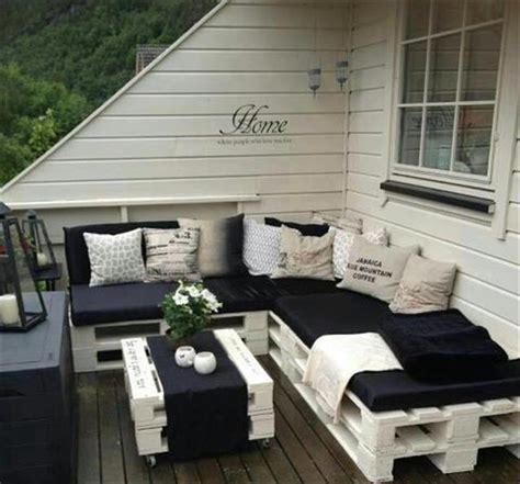 fabriquer un canapé d angle 30 idées incroyables pour fabriquer un canapé en palette