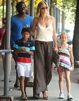 Последние твиты от heidi klum (@heidiklum). Heidi Glum! Supermodel looks sullen as she takes children ...