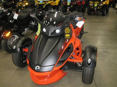 Buy New Can-am Spyder Rs-s Se5 Motorcycle Rs Roadster On