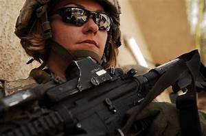 Women Soldiers « CSS Blog Network