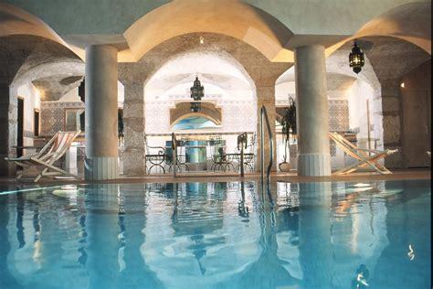 hotel aix les bains avec dans la chambre les meublés du manoir splendid et royal aix les bains
