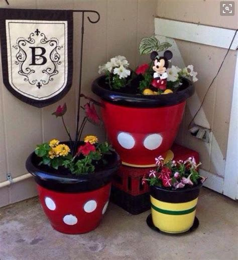 ideas  mickey mouse bathroom  pinterest