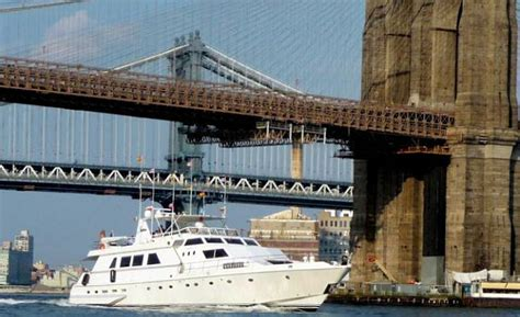 Hudson Boat Cruise Nyc by New York Luxury Private Yacht Charters Hudson River
