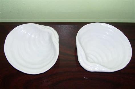 Pottery Barn Clam Shell Sea Salt Pepper Cellar Dish Nib