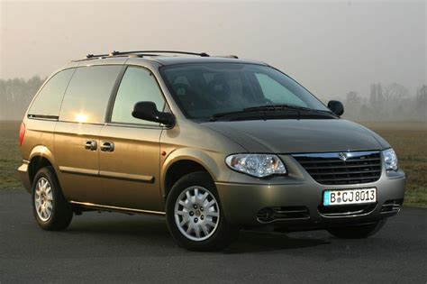 Chrysler Se by Chrysler Voyager 3 3i V6 Se 2005 Parts Specs