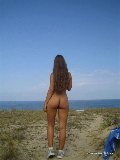 Hot Ass Sexy French Teen Posing Nude At The Beach