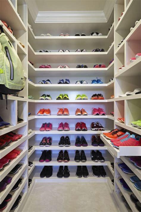 Huge Walk In Closet House Plans  Ways Of Design