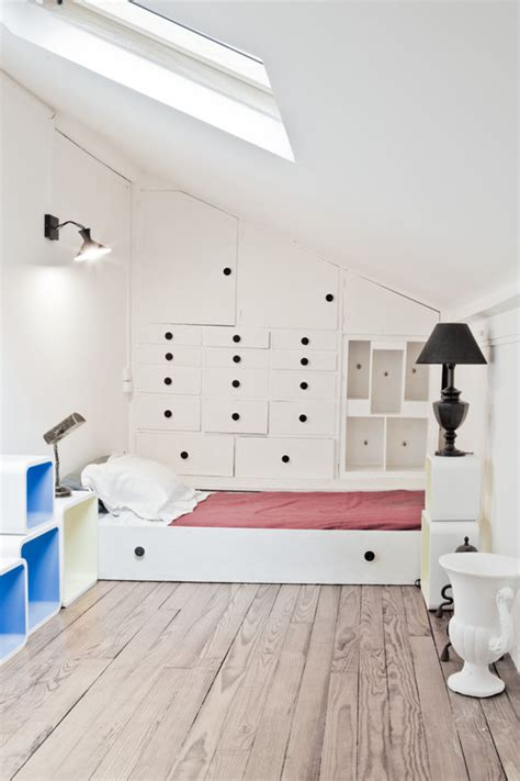 clever storage ideas   spare room