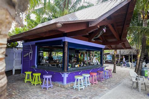 tiki bar grouper square roof pierce overhang fort kdw sarakauss fish