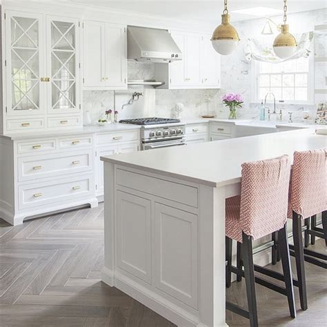 kitchen floor ideas with white cabinets the white kitchen is here to stay decor gold designs