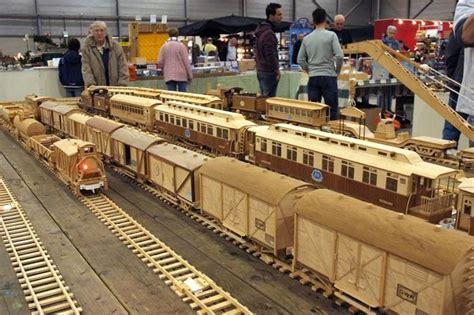 ricardo heijmans cerca  google wooden train