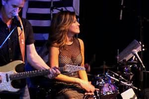 Van Halen News Desk Twitter by Robin Meade 5 Atlanta Music Scene With Melissa Ruggieri