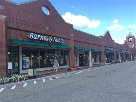 Petition Started To Save Bayside Barnes & Noble