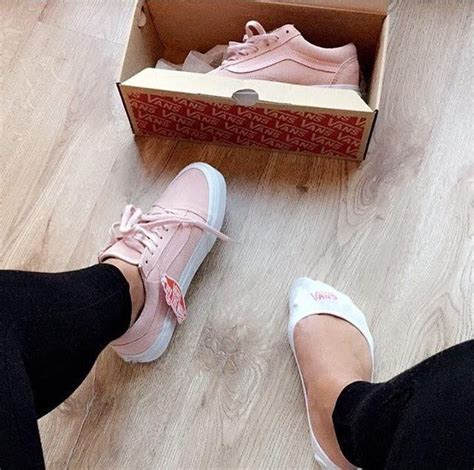 -hey ladies follow the queen for more poppinu0026#39; pins @kjvouge ufe0f-   Shoes   Pinterest   Queens ...